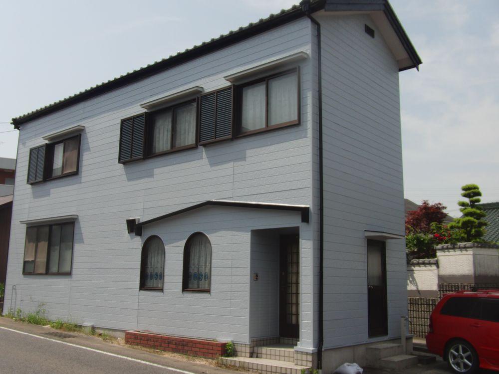 愛知県豊田市S様邸、外壁塗装・防水工事をご紹介します。築20年以上で初めての外壁塗装工事でした。 や...
