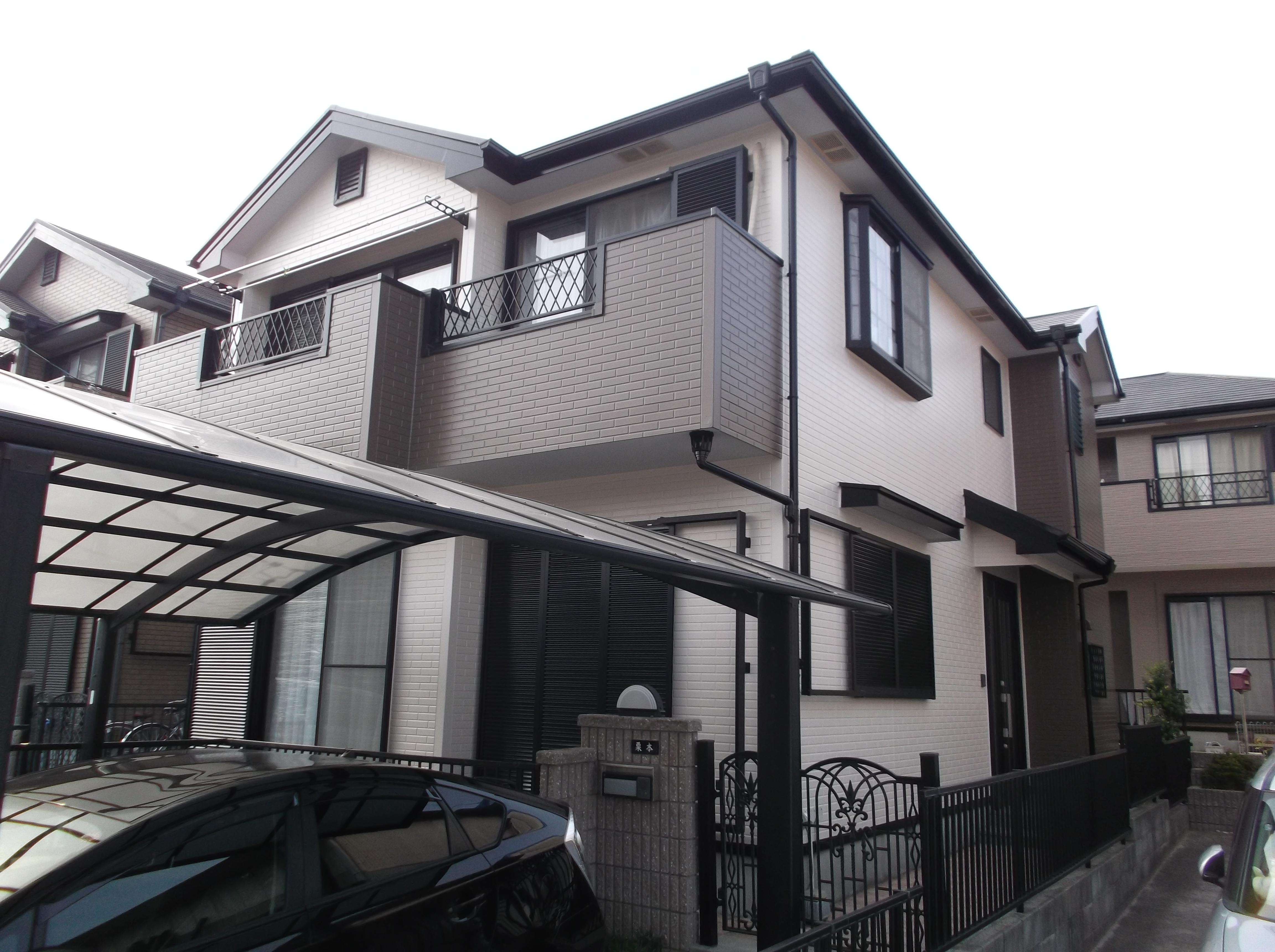 愛知県半田市のK様邸、外壁・屋根塗装工事をご紹介させていただきます。 築13年とゆう段階での塗装の...