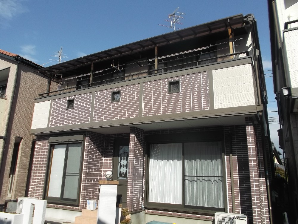 愛知県一宮市M様邸 外壁塗装工事をご紹介させていただきます。 一部チョーキングしていたり、塗料が...
