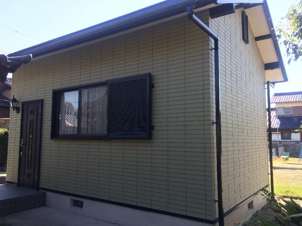 稲沢市 某教室 外壁塗装工事をご紹介させていただきます。 築16年。外壁のチョーキングとシーリン...