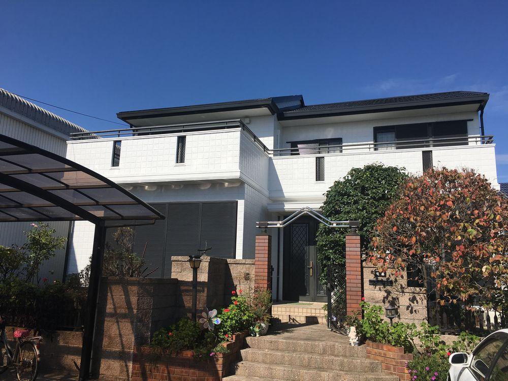 あま市 K様邸 外壁・屋根塗装工事をご紹介させていただきます。 築22年。今回で二回目の塗装(前回...