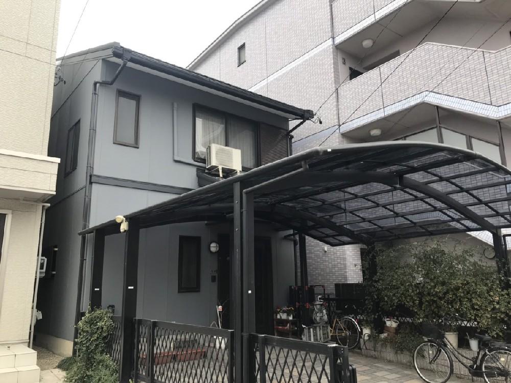 中村区 I様邸 外壁塗装・カーポート修繕工事のご紹介をさせていただきます。  築24年。 台...