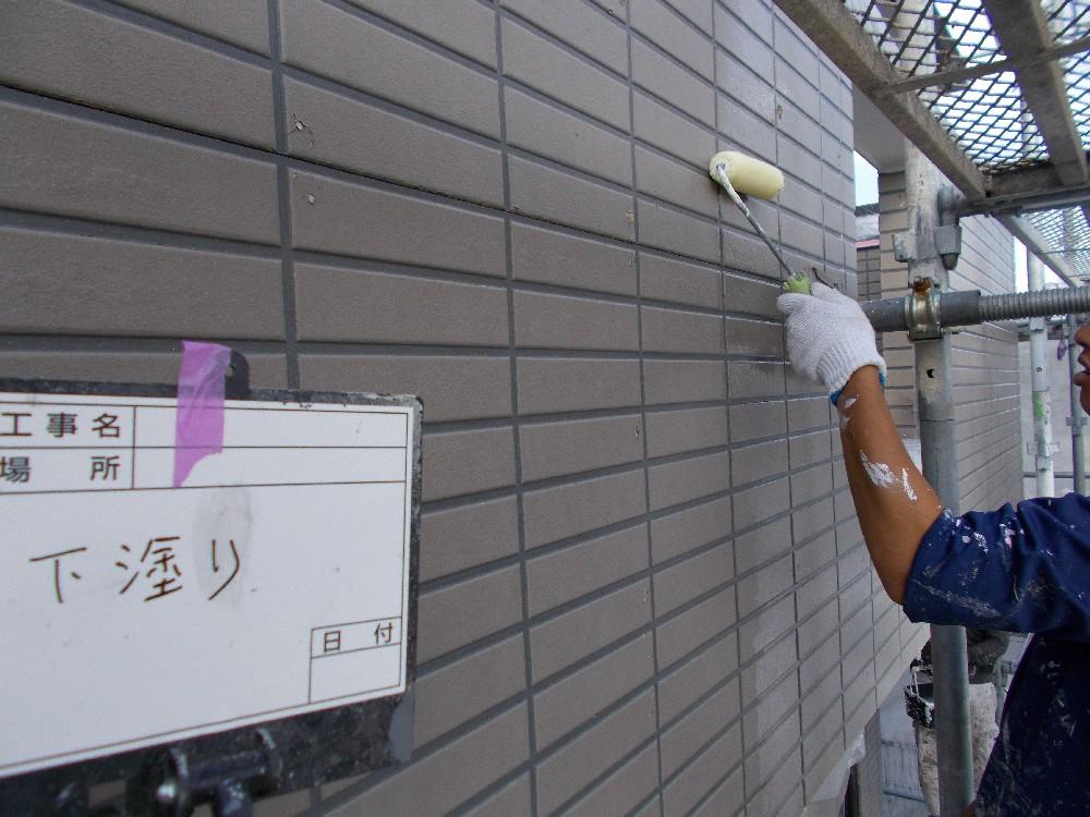 外壁 サイディング 下塗り1回目いつものサーフではなく、より