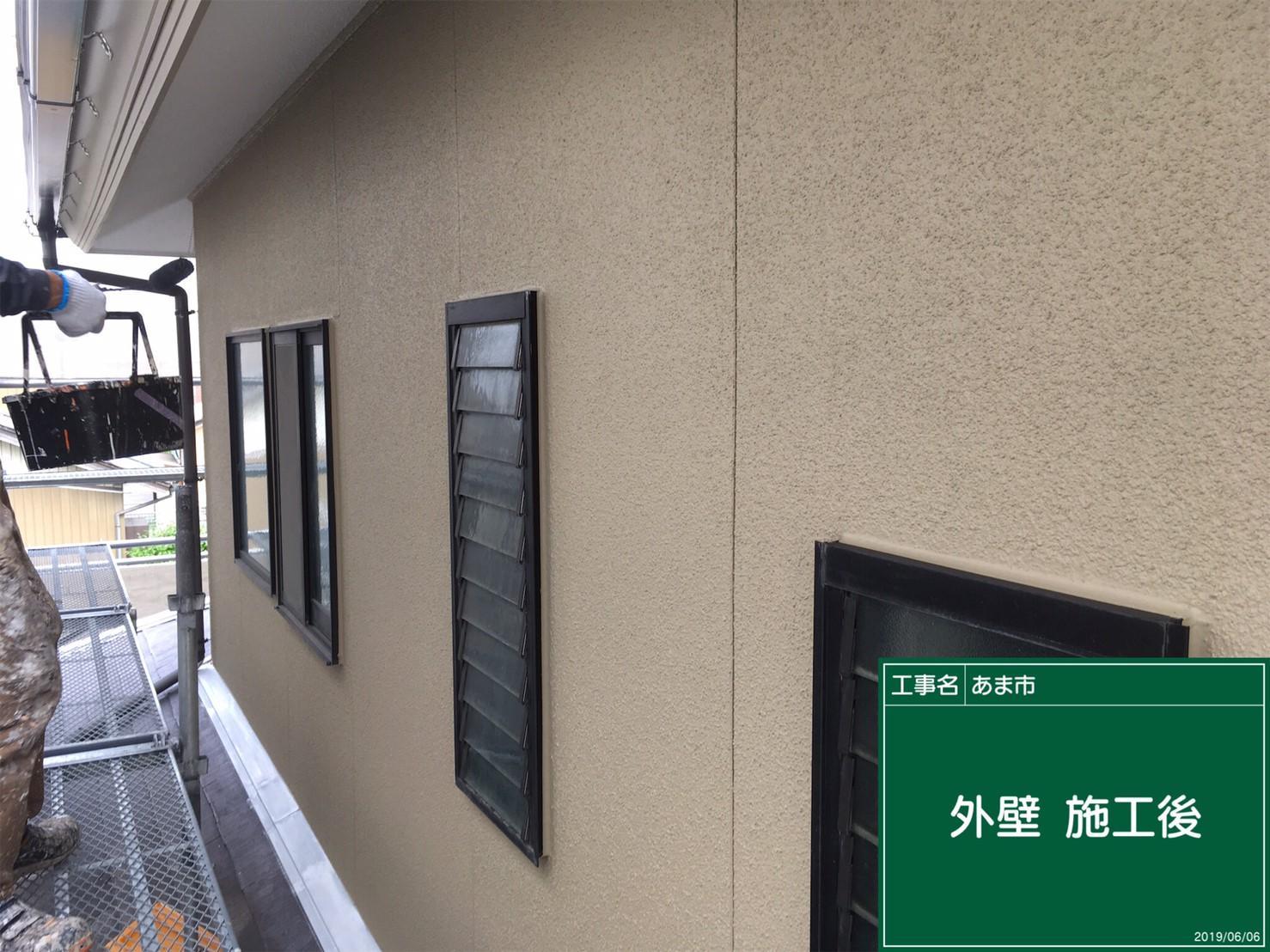 外壁 施行完了です。マットな感じで新築の時のように仕上がりま