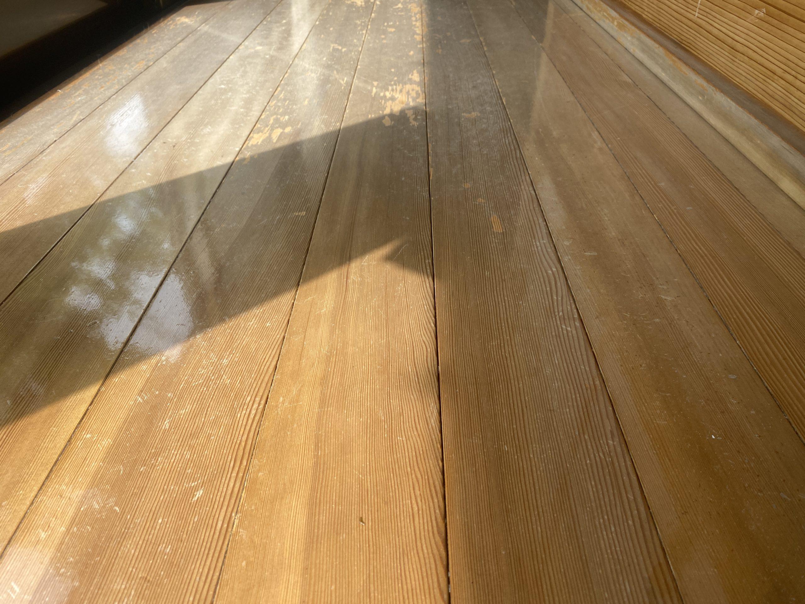 床フローリング塗装!!